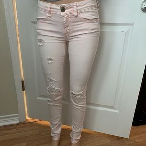 Light Pink AE skinny jeans!